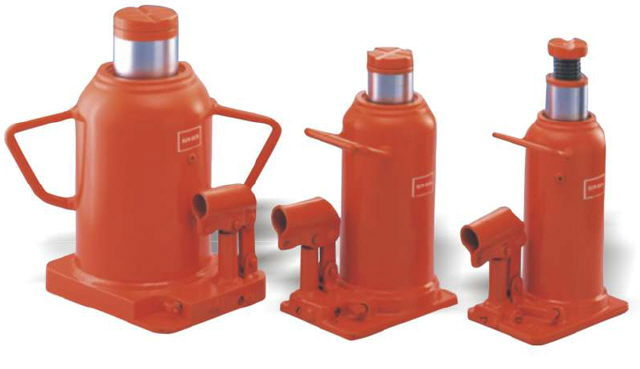 Where to find BOTTLE JACK, 20T HYDRAULIC in Vernon